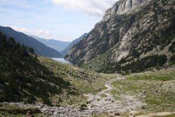 paisaje paseo a caballo catalunya