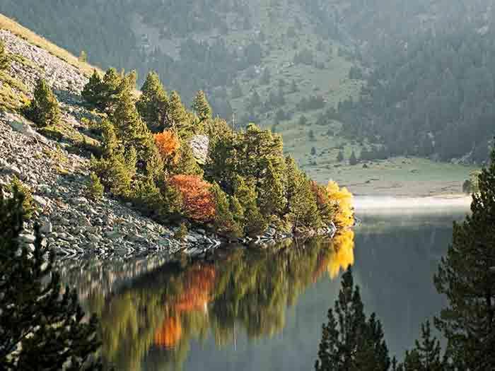 Parque natural aigüestortes naturaleza